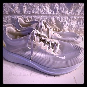 Nike Zoom Fly SP - Size 11.5